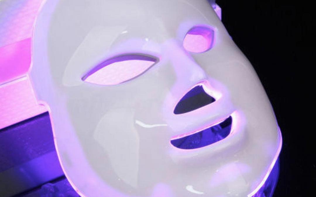 MÁSCARA LUZ LED